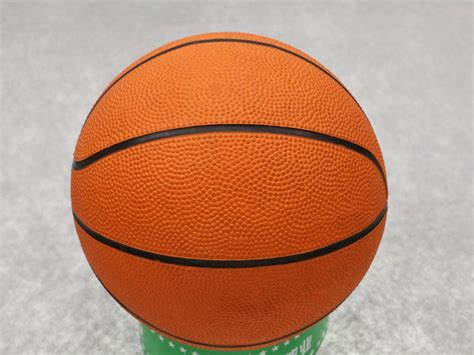 promotional sport rubber handballs hollow promotional mini basketball colorful size 7 rubber
