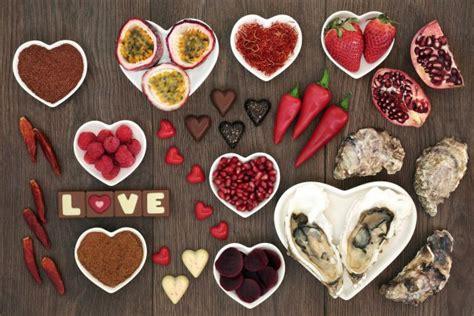 alimenti afrodisiaci naturali san valentino cibi afrodisiaci salute della coppia