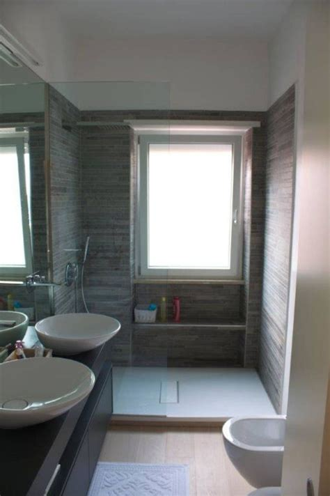 bagno piccolo con doccia le 25 migliori idee su bagni piccoli su bagno