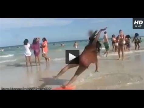 imagenes mujeres gordas graciosas videos de risa 28 ca 237 das graciosas en la playa