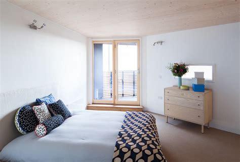 minimalistisch einrichten minimalistisch eingerichtetes schlafzimmer roomido