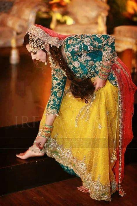 pakistani mehndi dress pakistani bridal dresses