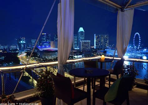 singapore top bars the lighthouse restaurant rooftop bar the fullerton