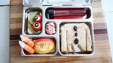 halloween themed lunch surprise your kids with 6 spooktacular halloween lunch box