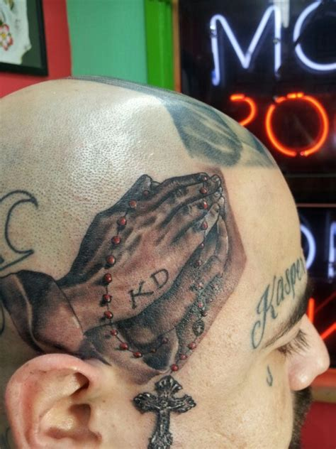 praying hands religious tattoo tattoos pinterest