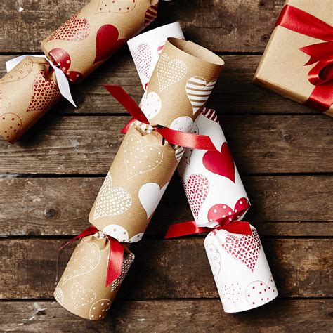 images of christmas crackers recycled heart christmas crackers by sophia victoria joy