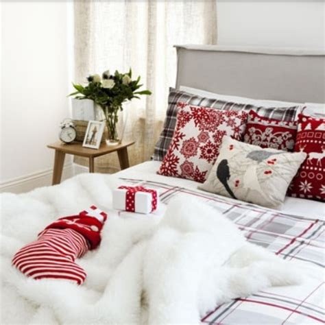 32 elegant christmas bedroom decorating ideas