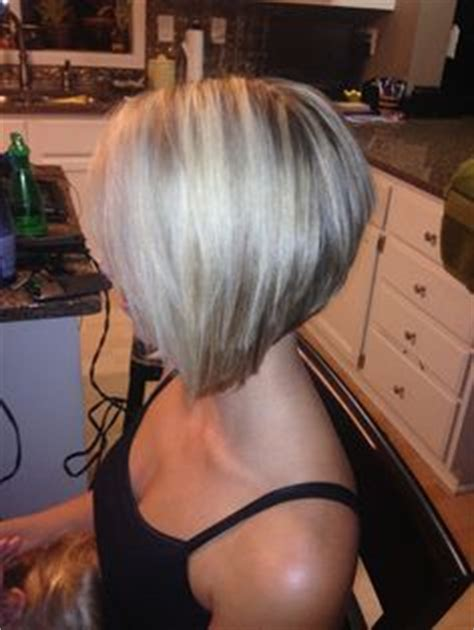 stacked versus bob haircut beauty on pinterest ohio state nails blonde bobs and