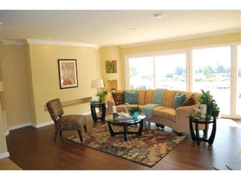 staging a living room home staging highlighting living room features before after prostagedhomes