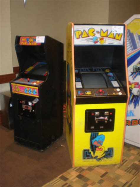 super pac man arcade cabinet super auctions arcade results from pinball expo 2008