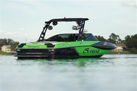 wake boat gear boats pros supreme s226 alliance wakeboard