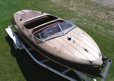 barrel back boat 1942 19 chris craft barrel back custom runabout for sale