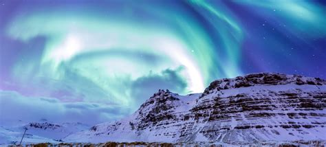 northern lights when and where northern lights hunt mountaineers of iceland