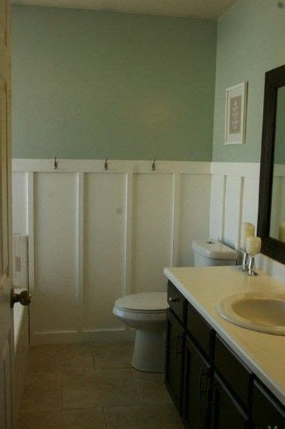 Bathroom With Wainscoting Ideas by Wainscoting For The Bathroom Bath Ideas Juxtapost