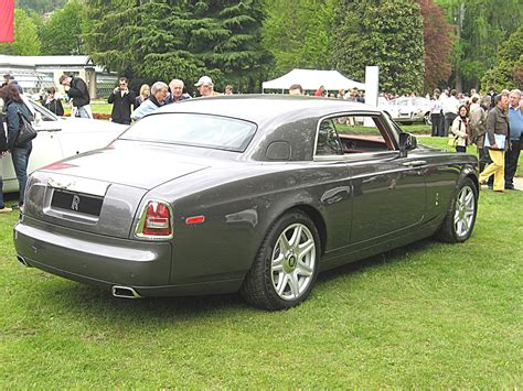 rolls royce phantom rear file rolls royce phantom coup 233 rear view jpg