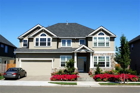 jones roofing windows and siding how to choose between vinyl and hardieplank siding for