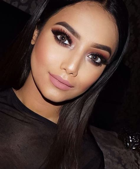 Best Party Makeup Ideas On Pinterest Prom Makeup Party Makeup Looks And Prom Makeup Looks