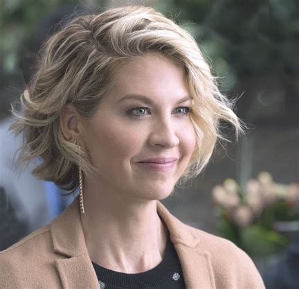 how to do dharmas wedding hair jenna elfman on the challenges of working with an