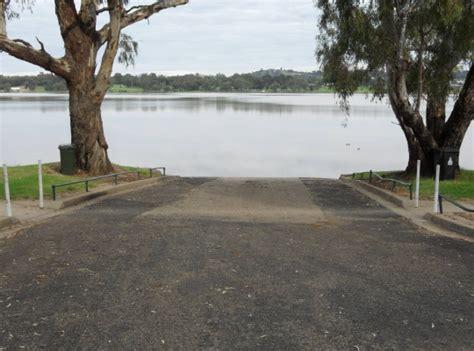 the boat club wagga lake albert wagga city council