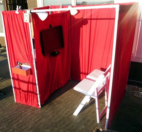Handmade Photo Booth - diy photobooth with lighting talking characters