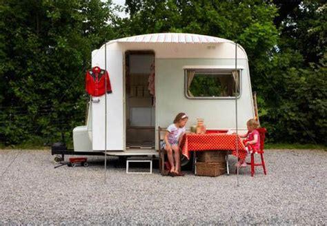 my cool caravan 17 beste afbeeldingen over hippe caravans op vintage luchttoevoer berlijn en cers