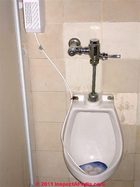 urinal bathroom flushometer valvetoilets urinalstankless or quot no cistern