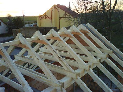 Wie Baue Ich Einen Dachstuhl 5999 by Dachstuhl Und Fledermausgaube Bauen Mit Holz
