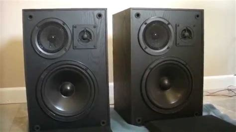 klh 900b bookshelf speakers