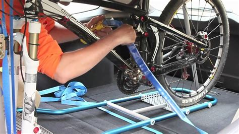 Inside Suv Bike Rack by Veloboy Bike Rack Inside The Car