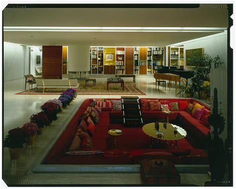 ordinary Mid Century Modern Interior #4: mid-century-sunken-seating-couch.jpg