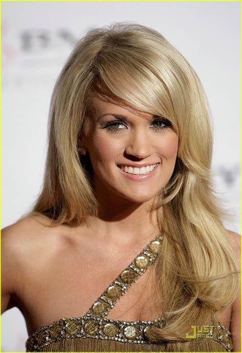 carrie underwood new hair color carrie underwood hair straight hair for wedding hair