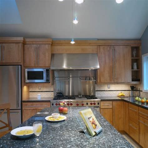 Blue Pearl Granite Backsplash by 25 Best Ideas About Blue Pearl Granite On