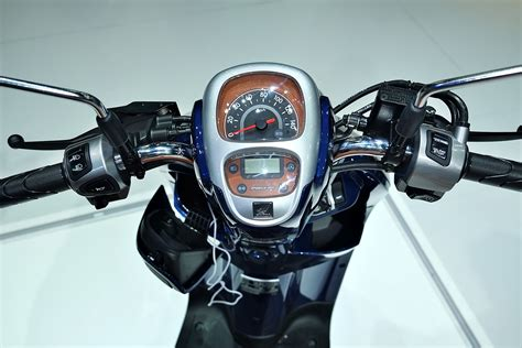 Lu Led Motor Scoopy Fi เอ พ ฮอนด า เป ดต วรถจ กรยานยนต ใหม all new honda