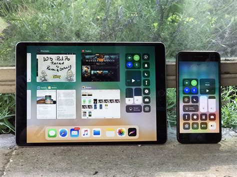 ios iphone ipad ios view how to use slide over and split view on the ipad in ios 11