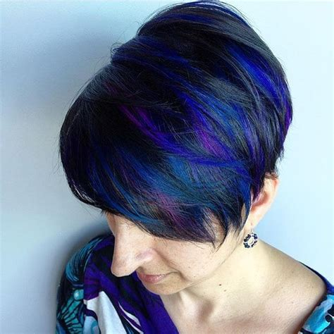 highlight a pixie cut blue and purple highlights and a cute pixie cut