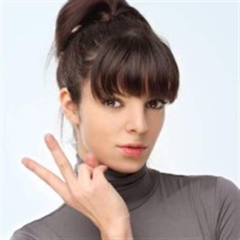 ponytail hairstyles no bangs kim kardashian sports sexy new haircut for 2012 blunt bangs