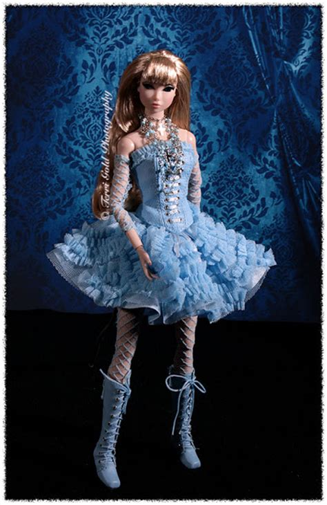 amelie misaki tokyo here we go doll collecting fashion dolls by terri gold tenth anniversary