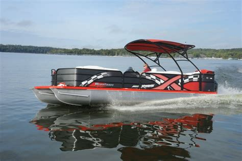playcraft pontoon boats playcraft 2700 powertoon x treme pontoon deck boat