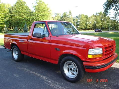 1995 Ford Lightning by 1995 Ford F 150 Svt Lightning Information And Photos