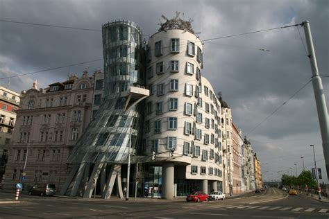 Dancing House   Data, Photos & Plans   WikiArquitectura