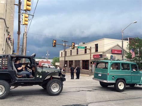 jeep parade bantam jeep heritage festival 2015 parade jeepfan com
