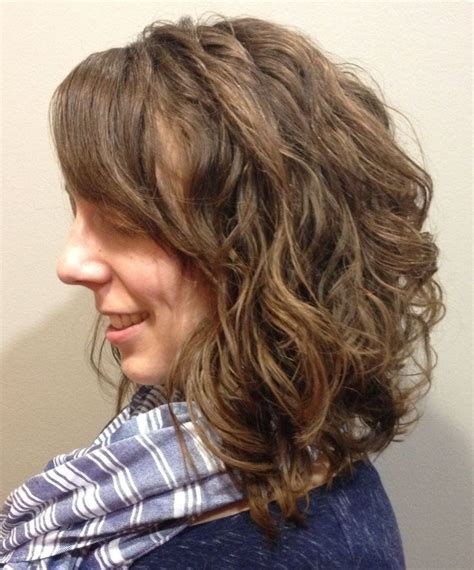 diagonal forward haircut for curly hair 57 best stylist amanda s portfolio images on pinterest