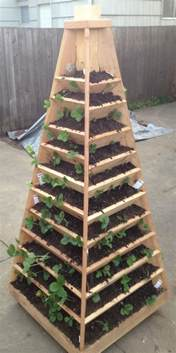 Wooden Pyramid Planter by Pdf Cedar Pyramid Planter Plans Plans Free