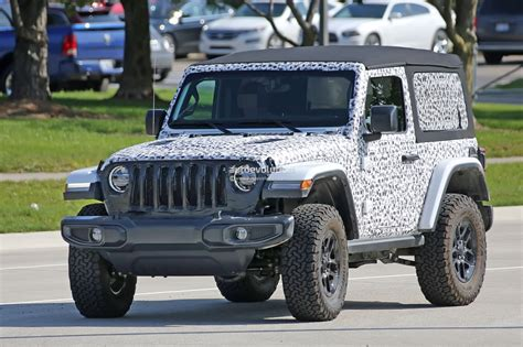 jeep wrangler manual 2018 jeep wrangler jl jlu leaked through owner s manual
