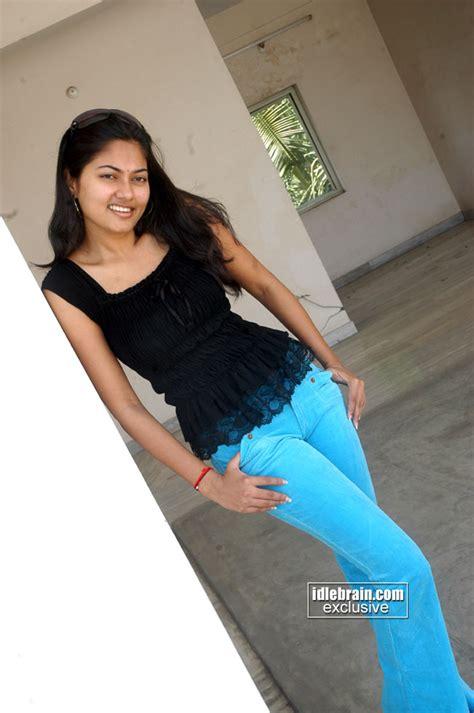 malayalam  latest navel holidays oo