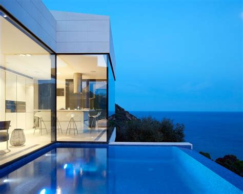 catalan residence conquers  slopes   gorgeous views