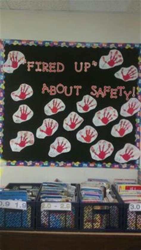 kitchen fire safety bulletin board myclassroomideas com fire safety bulletin board fire safety preschool