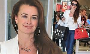 kyle richards skin routine kyle richards steps out for shopping spree at kyle by