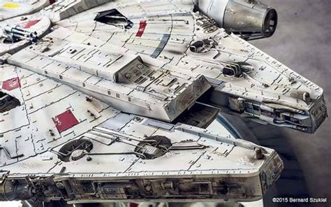 Millenium Falcon Papercraft - the awesome highly detailed papercraft millennium falcon
