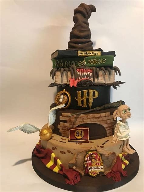 magical harry potter themed wedding cake emmalovesweddings